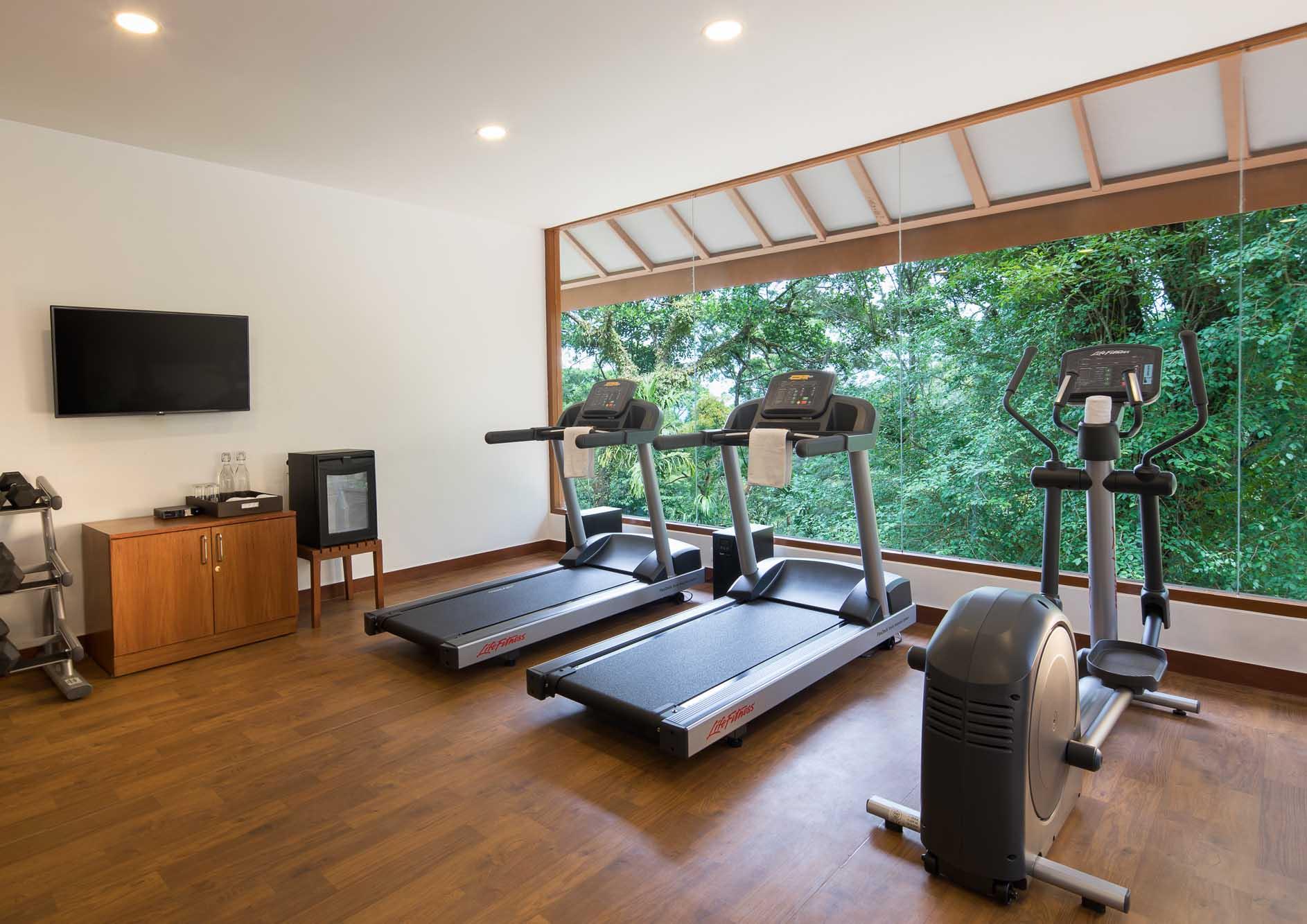 modern-gym-at-the-tamara-coorg